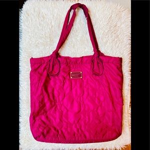 Marc Jacobs standard supply quilted fuchsia tote